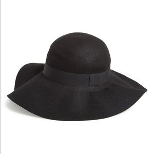 David & Young Floppy wool hat